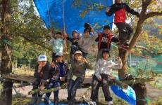 【10/5(土)開催】小学1~3年対象!森の中で秘密基地を作って遊ぼう♪