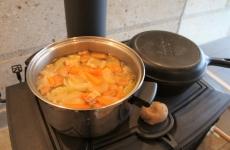 【開催レポ】薪ストーブを120%楽しむ♪ポトフ&じゃがバター作り