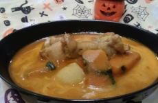 【10月末まで】秋に食べたい!「パンプキンカレー」が期間限定で登場♪