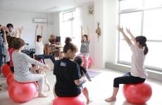 【10月開催スケジュール】ベビーと一緒に楽しく有酸素運動!ママ大注目の「バランスボールエクササイズ」!