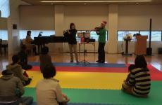 【9/20(木)開催】親子で生演奏やふれあい遊び・リズム遊びを楽しもう!