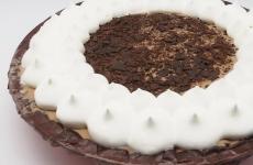 親子で仕上げるケーキ♡ブルーシールのアイスケーキでバレンタインしよッ♡