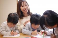 【6/7(金)mamaskyhouseにて】子育てママみんな集まれ!「色と子育てのおはなし会」開催