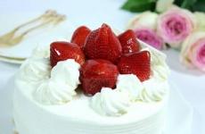 【2名様限定!】LINEで習える!ケーキ作りの最後の決め手!生クリームデコレーション♬